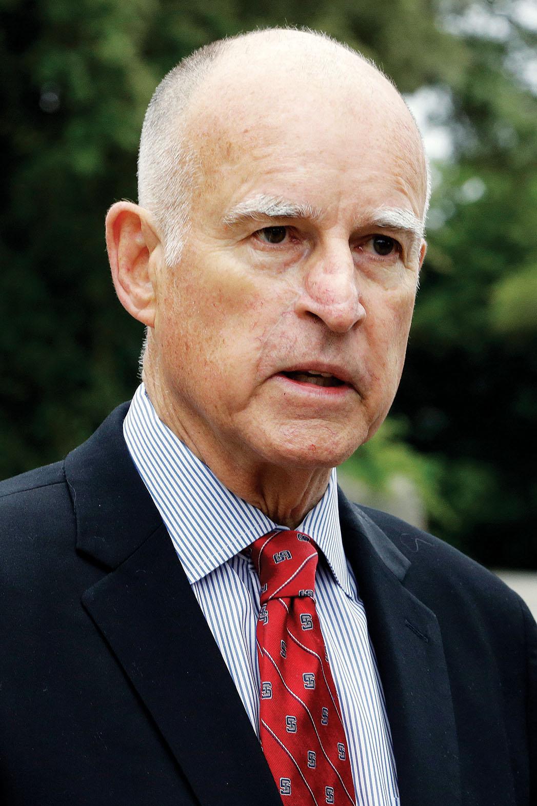 Gov. Jerry Brown Headshot - P 2014
