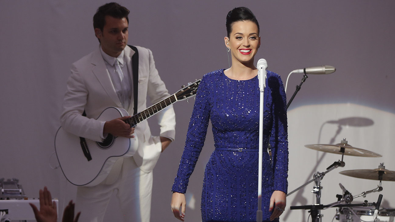 Katy Perry Obama Special Olympics - H 2014