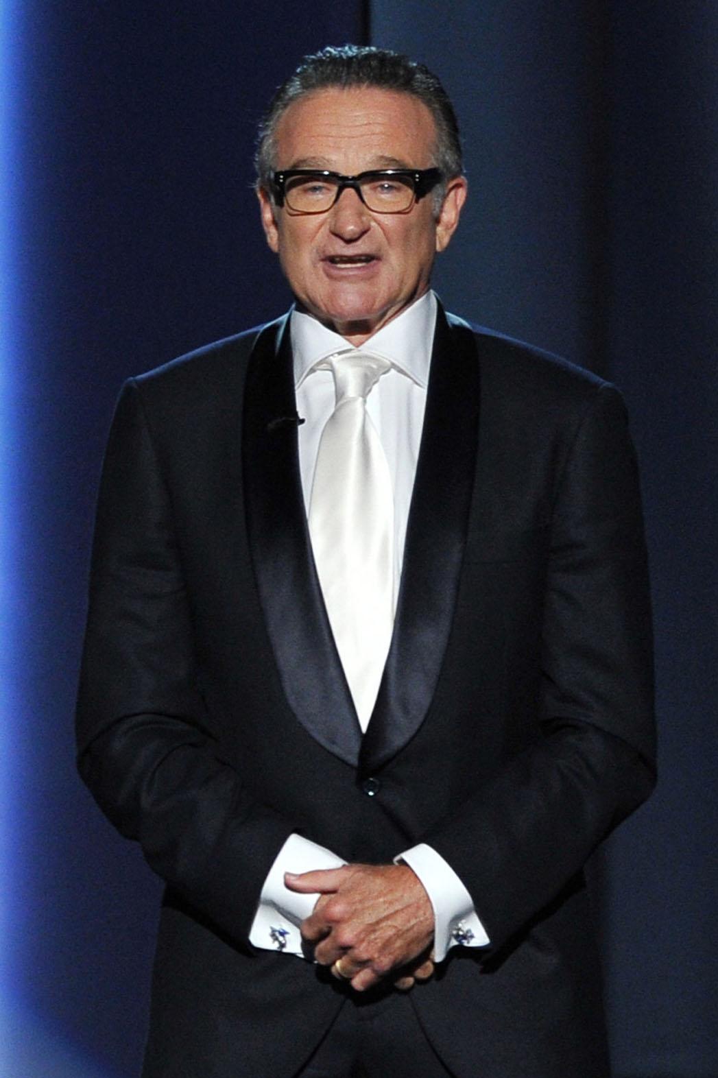 Robin Williams Presenting - P 2014