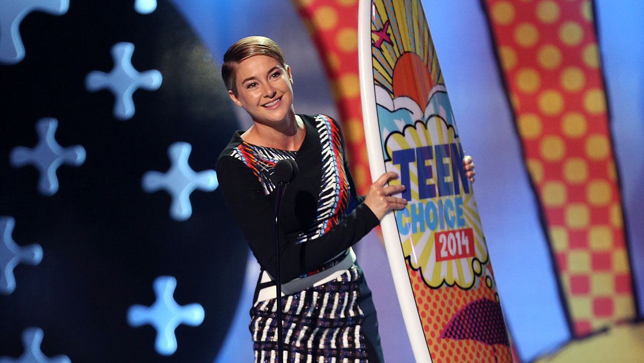 Shailene Woodley Teen Choice Win - H 2014