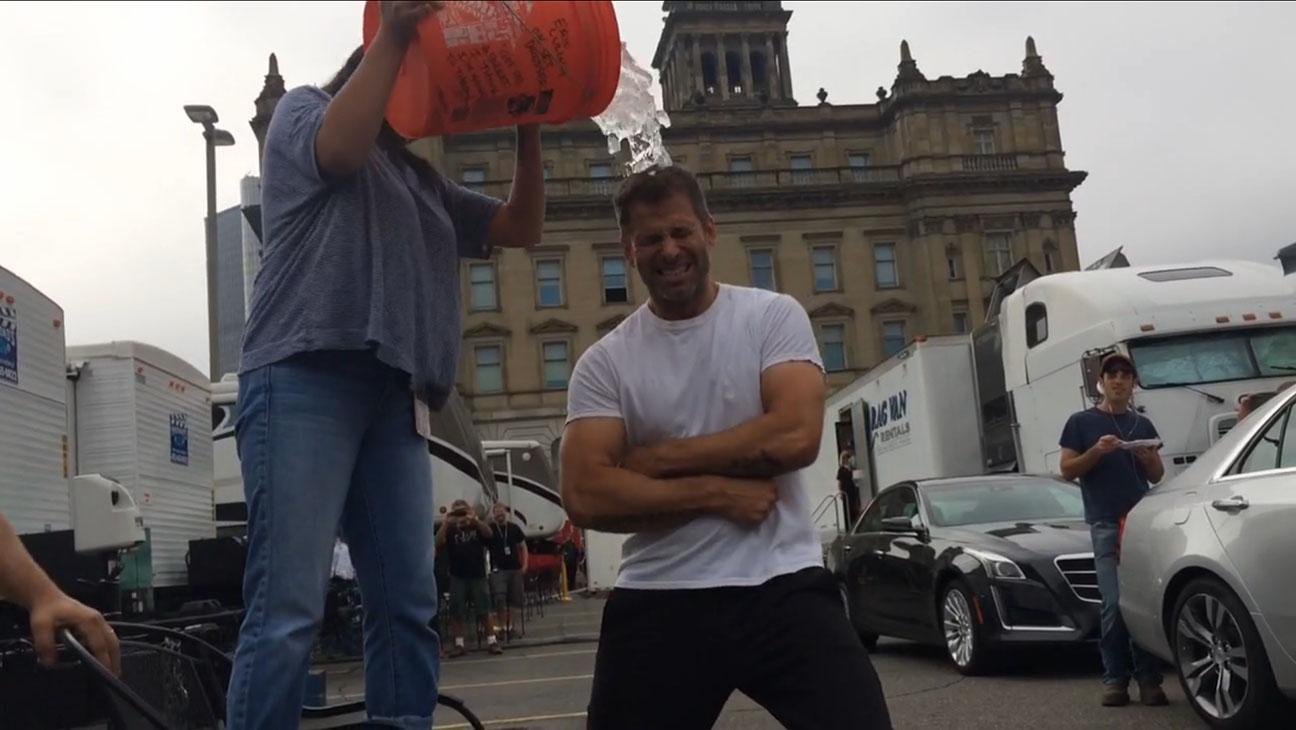 Zack Snyder Ice Bucket Challenge - H 2014