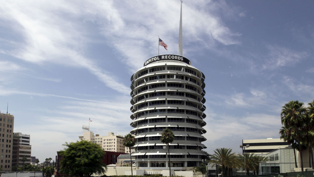 Capitol Records Building - H 2014