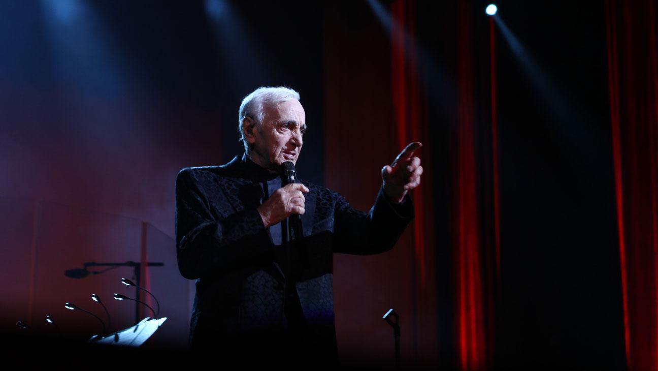 charles aznavour performing - H 2014