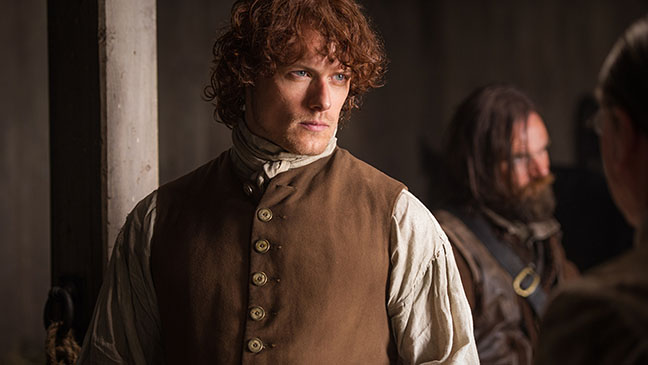 Outlander Sam Heughan On Jamie And Claire S Wedding Nerve Wracking Sex Scenes Hollywood Reporter