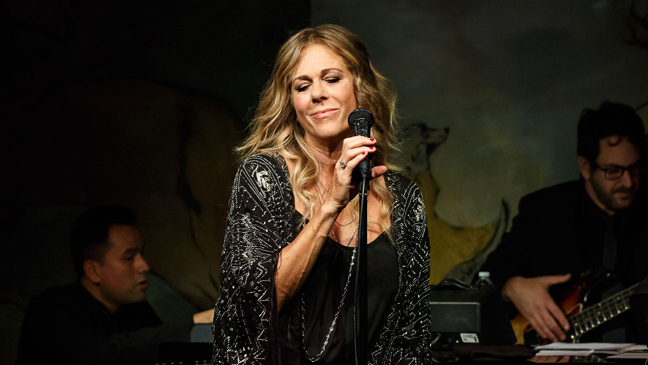 Rita Wilson Performing Cafe Carlyle - H 2014