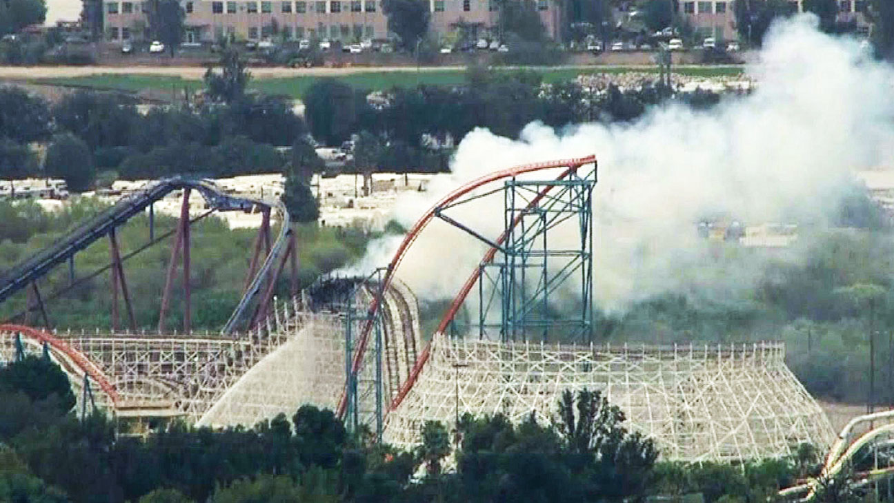 Six Flags Colossus Fire - H 2014