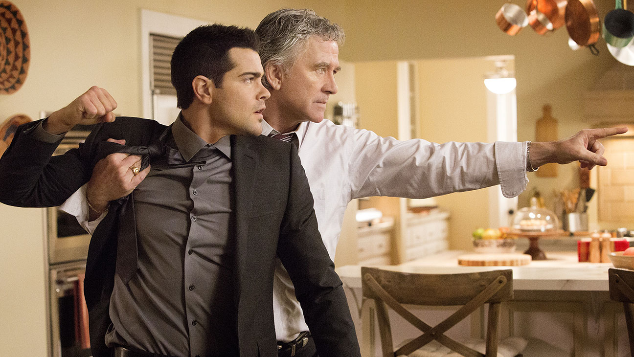 Dallas S03E11 Still - H 2014