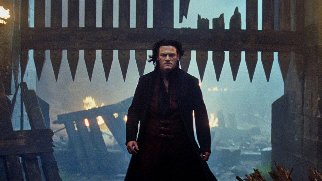 Dracula Untold Still 1 - H 2014