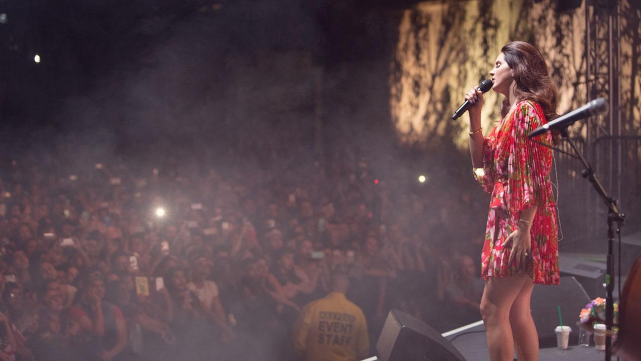 Lana Del Rey Hollywood Forever - H 2014