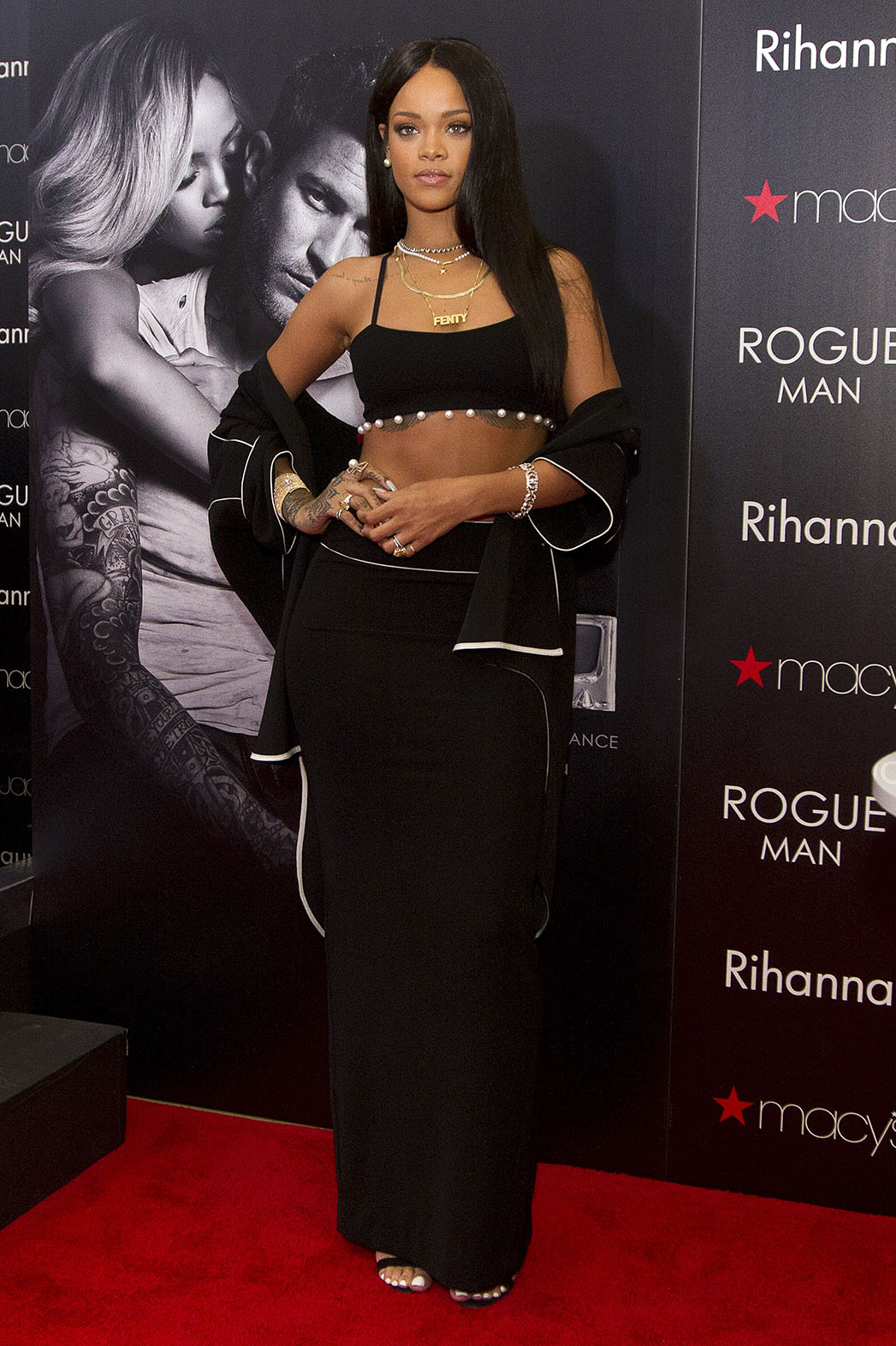 Rihanna Dress du Jour - P 2014