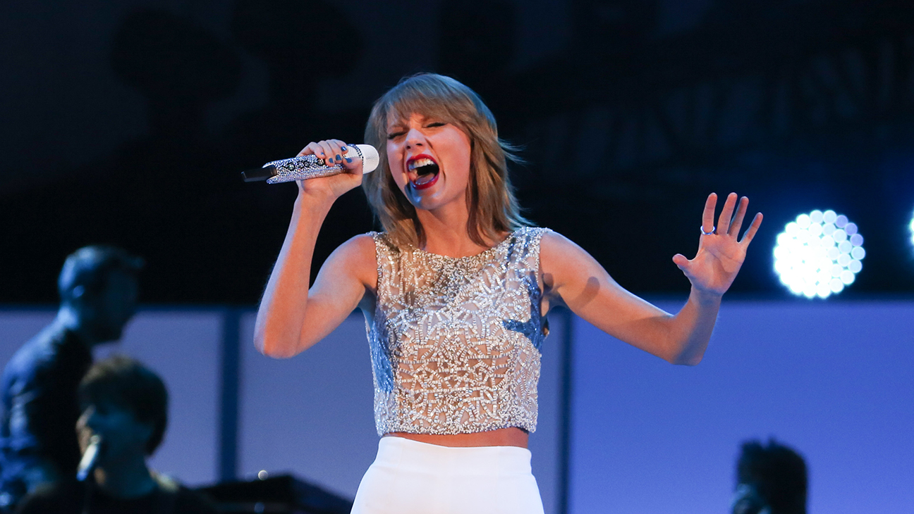 American Music Awards Taylor Swift To Perform Hollywood Reporter