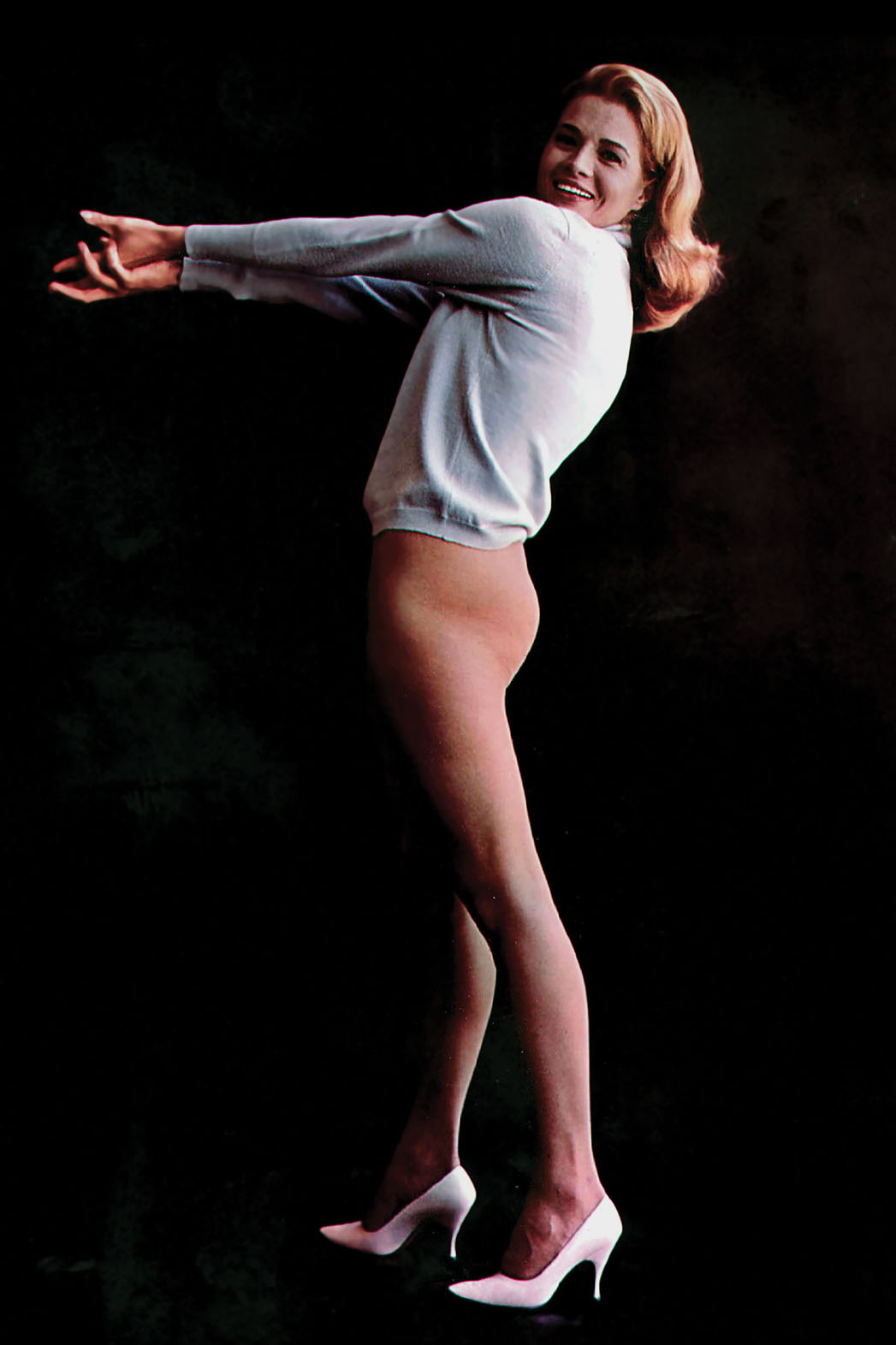 Angie Dickinson Dared to Bare - P 2014