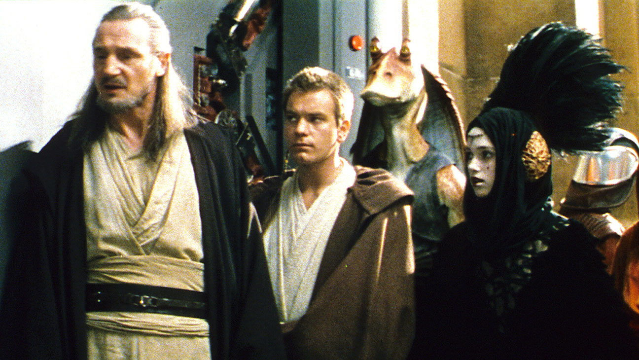 Star Wars The Phantom Menace Thr S 1999 Review Hollywood Reporter