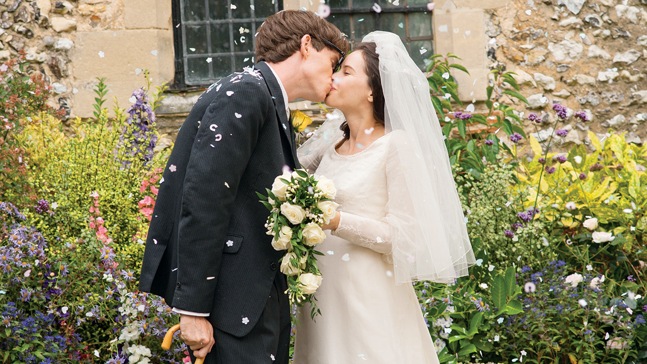 The Theory of Everything Wedding Kiss Still - H 2014