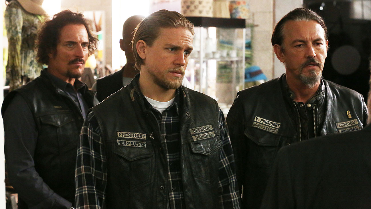 Sons Of Anarchy S07E12 Group Still - H 2014