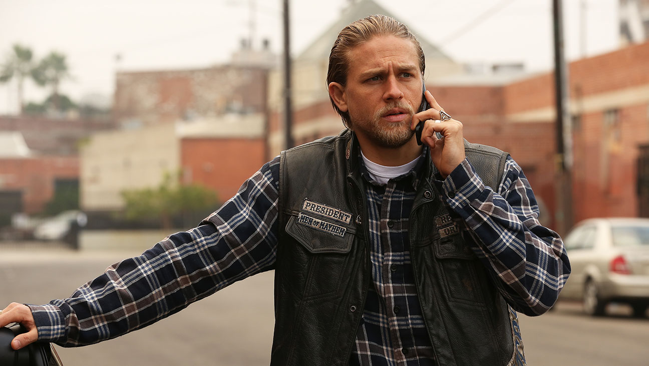 Sons Of Anarchy S07E12 Charlie Hunnam Still - H 2014