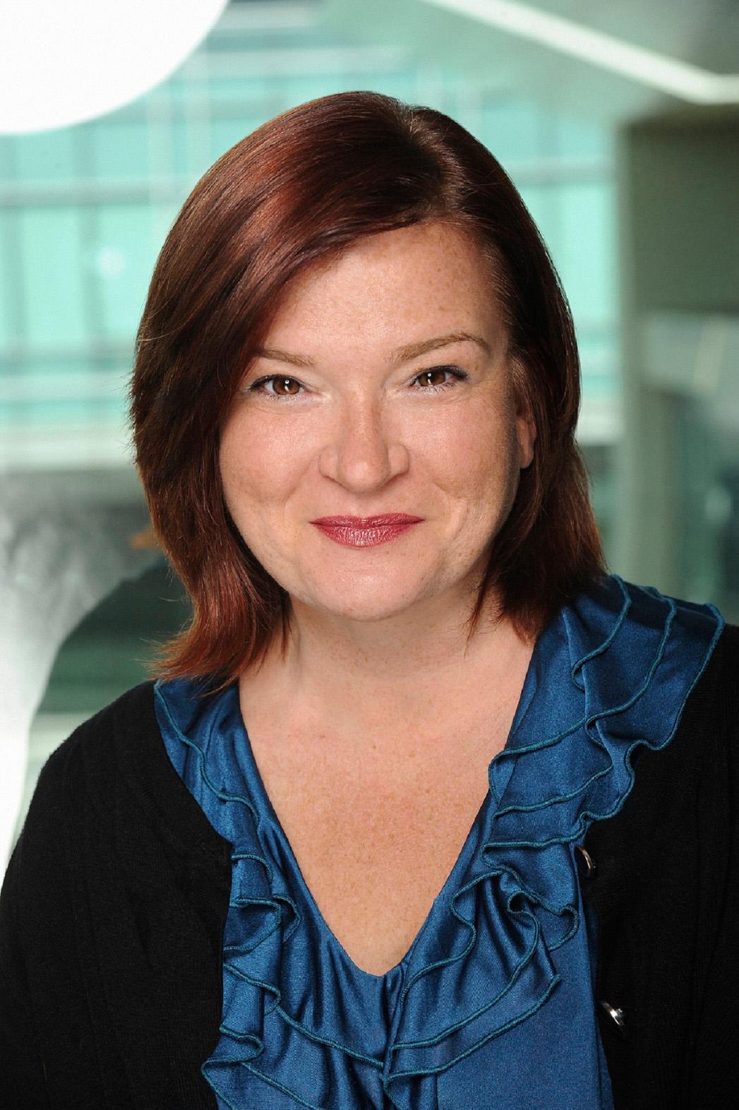 Tara Flynn Headshot - P 2014