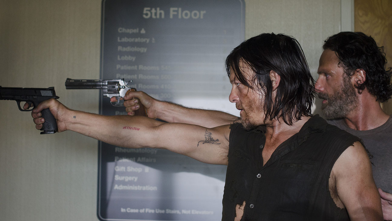 The Walking Dead S05E08 Daryl Rick Still - H 2014