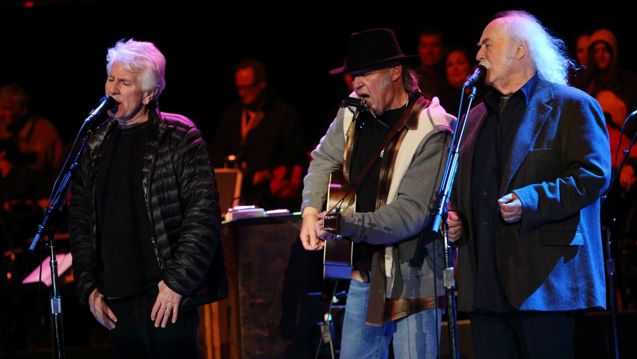 Crosby Stills Nash and Young - H 2015