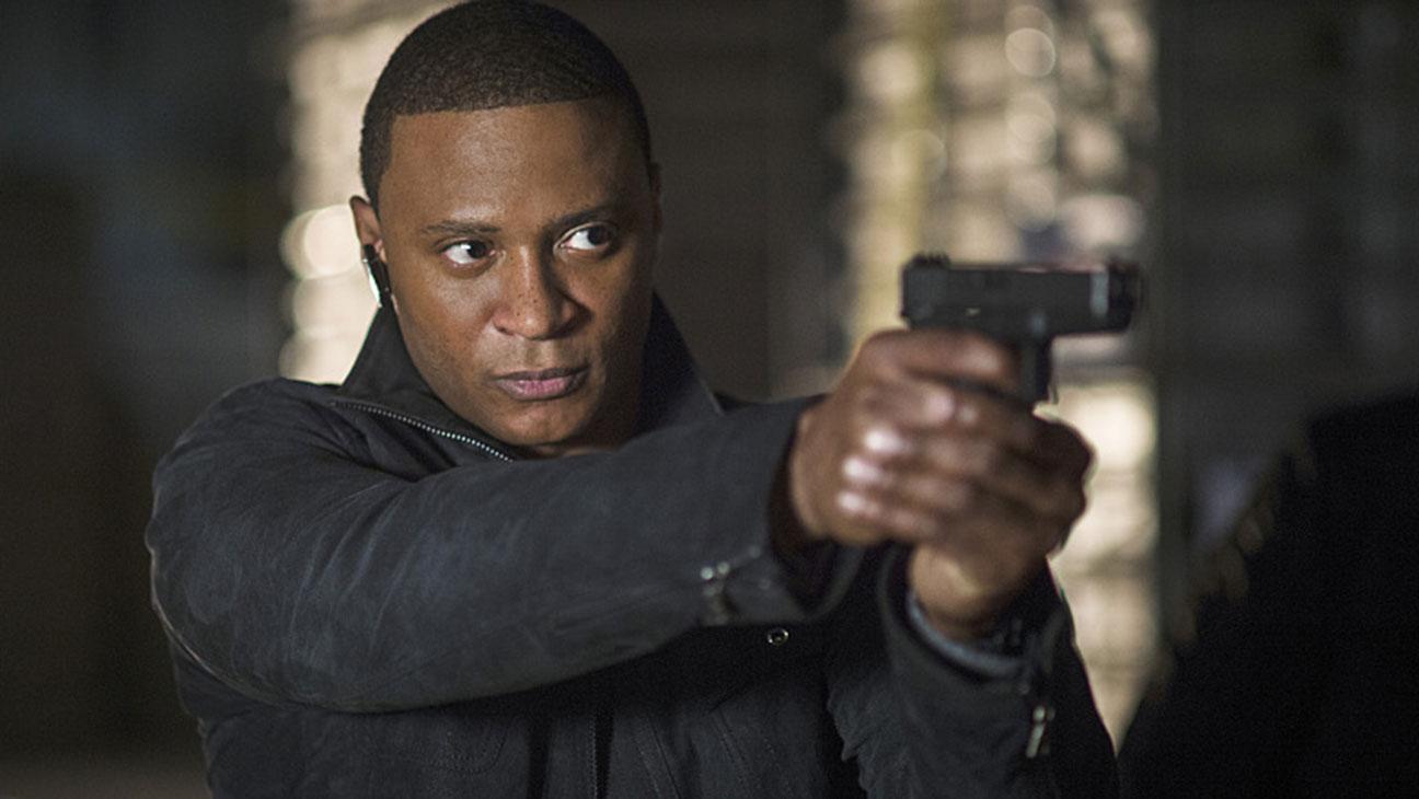 Arrow Midseason Premiere Diggle - H 2015
