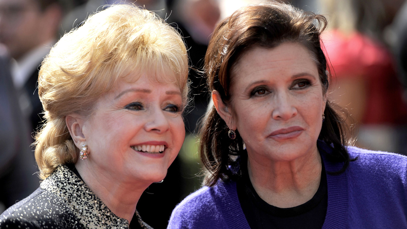 Carrie Fisher and Debbie Reynolds - H 2014