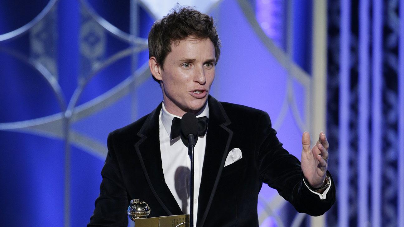 Eddie Redmayne Onstage Golden Globes - H 2015