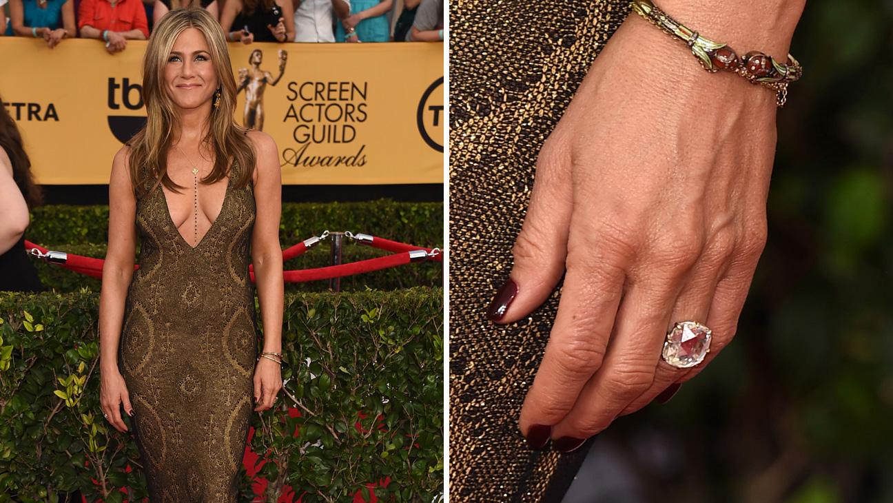 Jennifer Aniston Nails - Split 2015