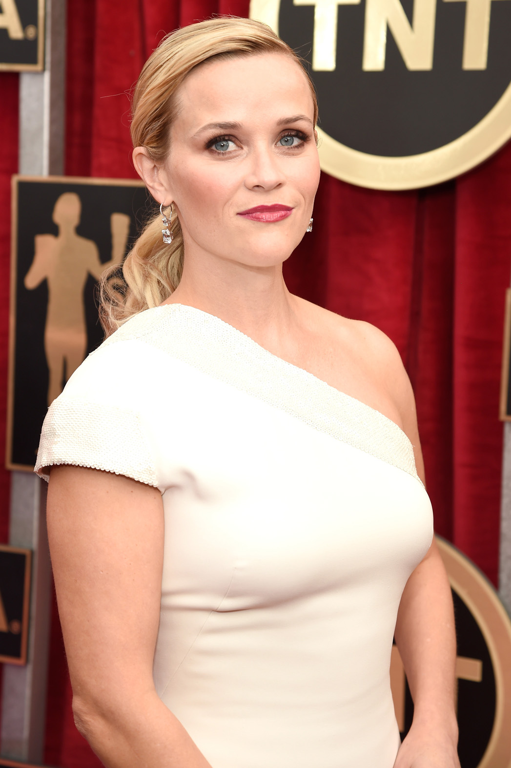 Reese Witherspoon Ponytail - P 2015
