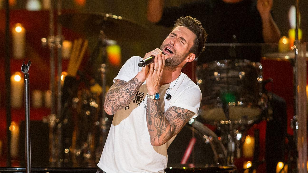Adam Levine Singing - H 2015