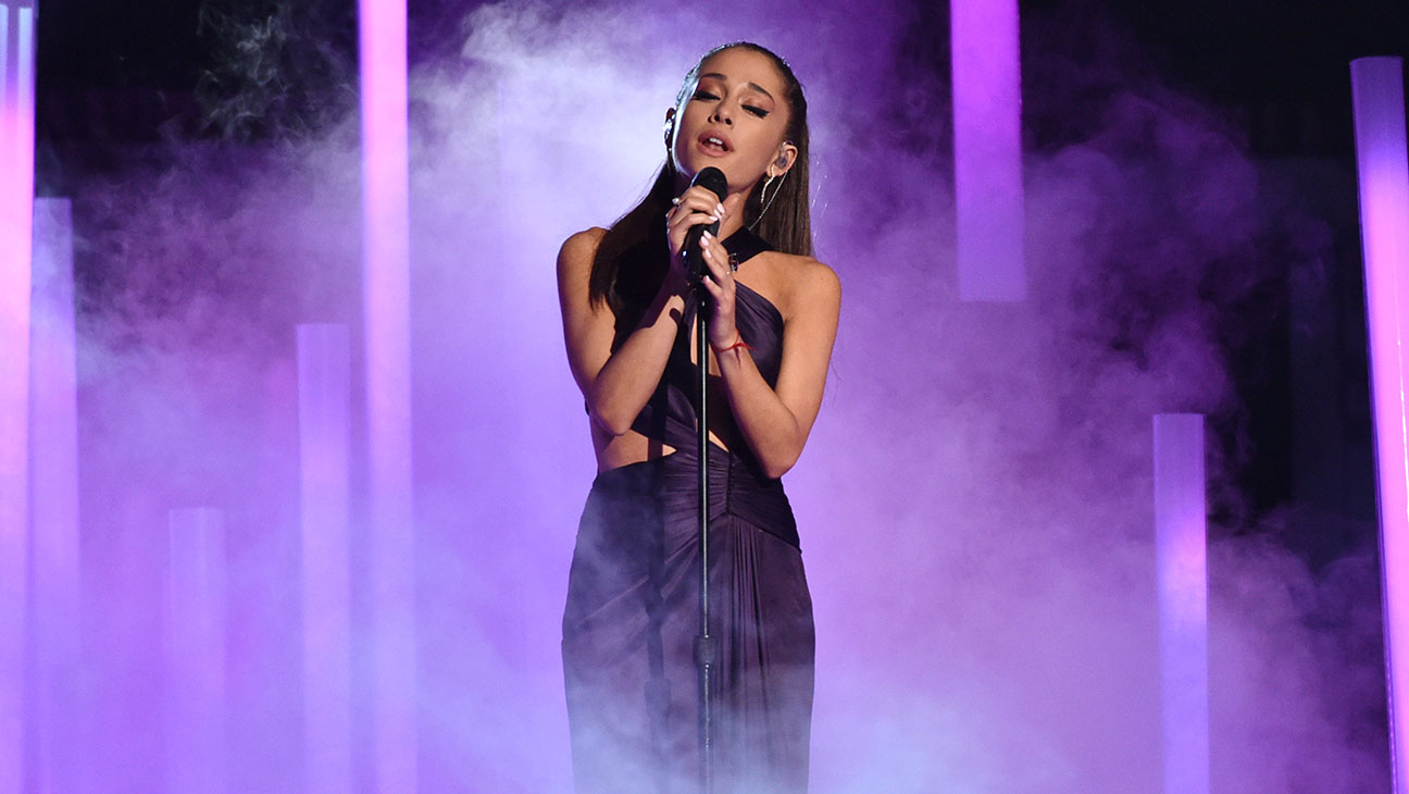grammys ariana grande performs just a little bit of your heart hollywood reporter grammys ariana grande performs just a little bit of your heart hollywood reporter
