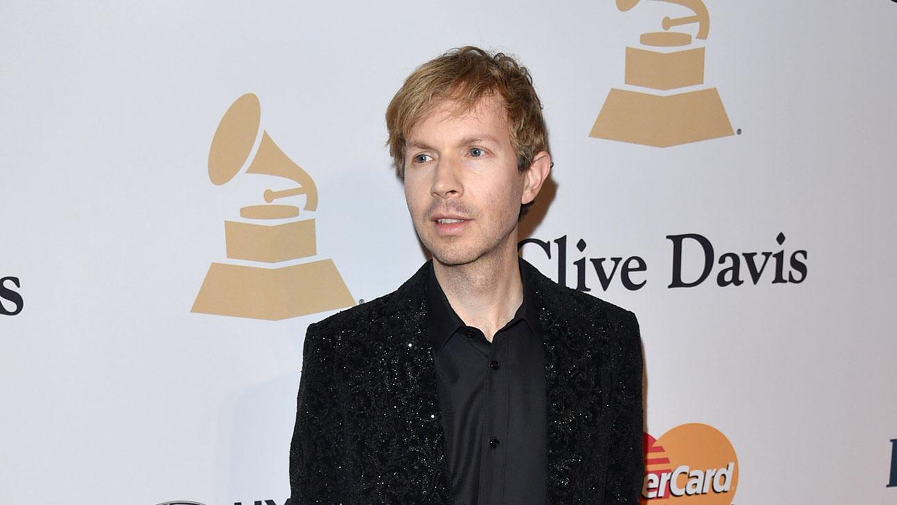 Beck Grammys - H 2015