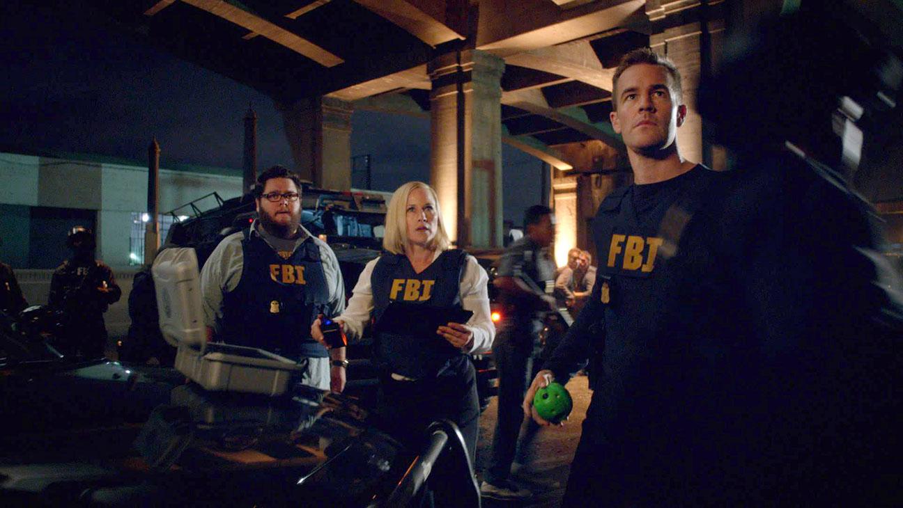 CSI: Cyber S01E01 Still - H 2015