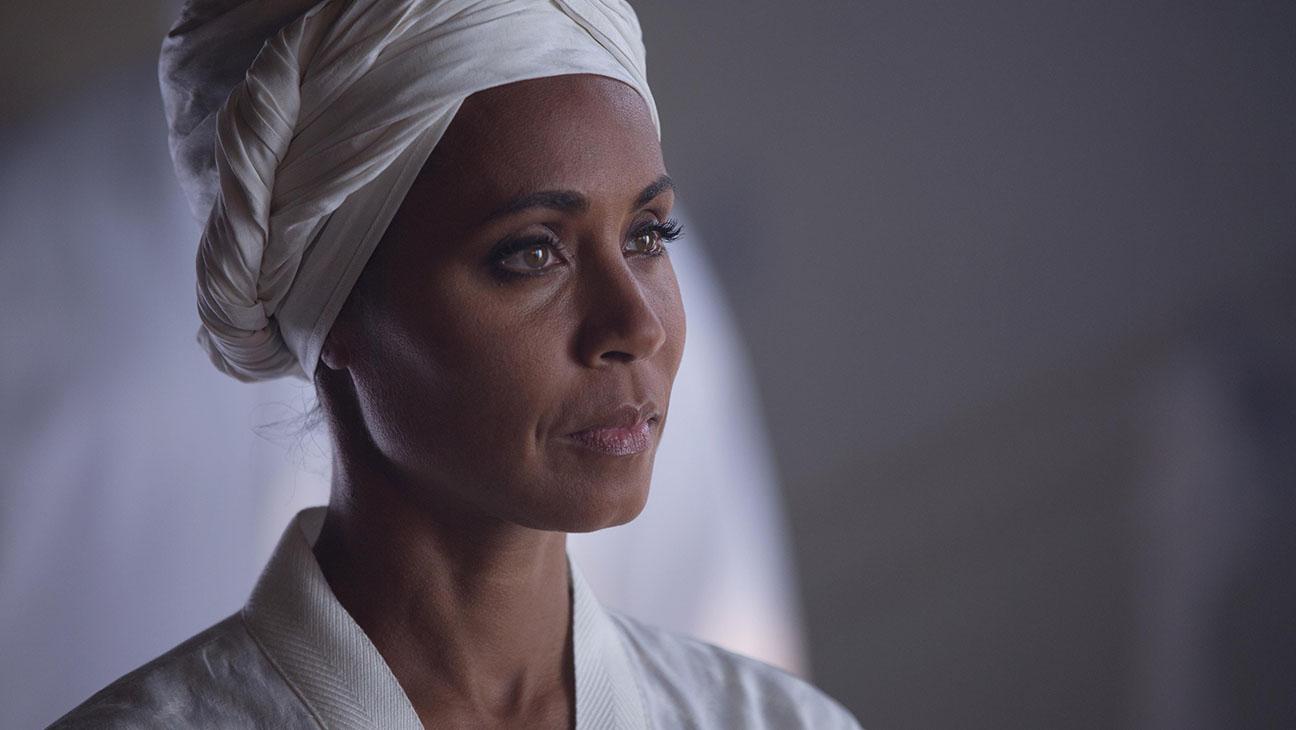 Gotham S01E17 Jada Pinkett Smith Still - H 2015
