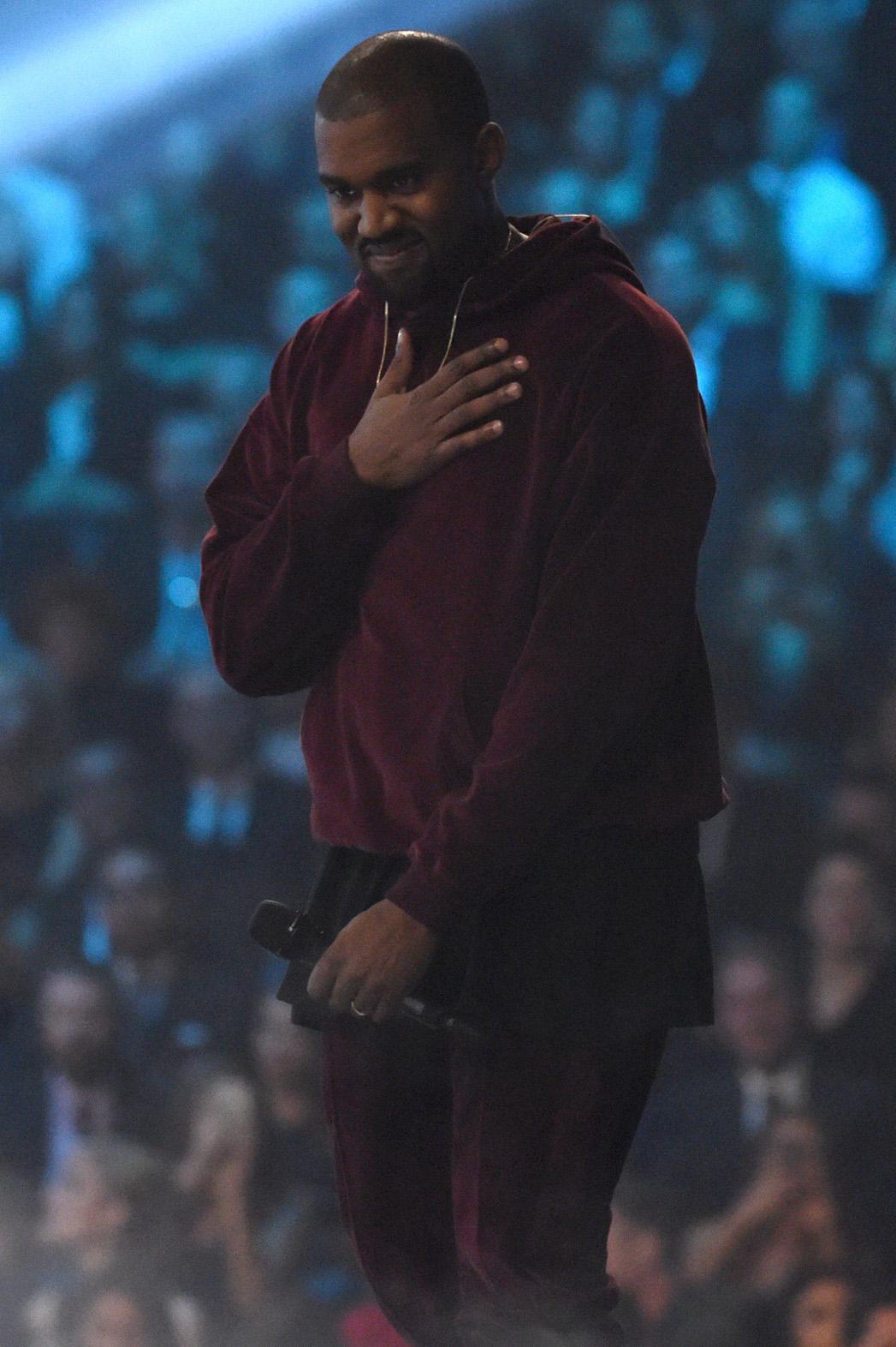 Kanye Performance - P 2015