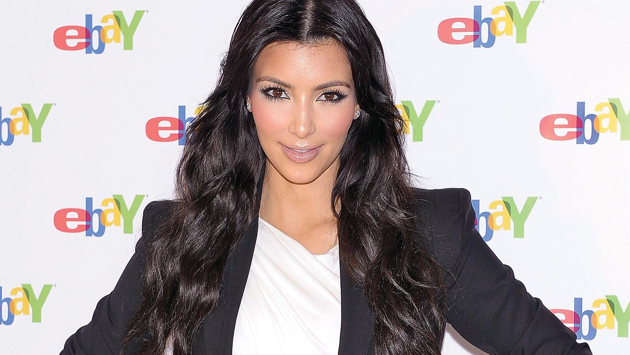 Kim Kardashian - H 2015