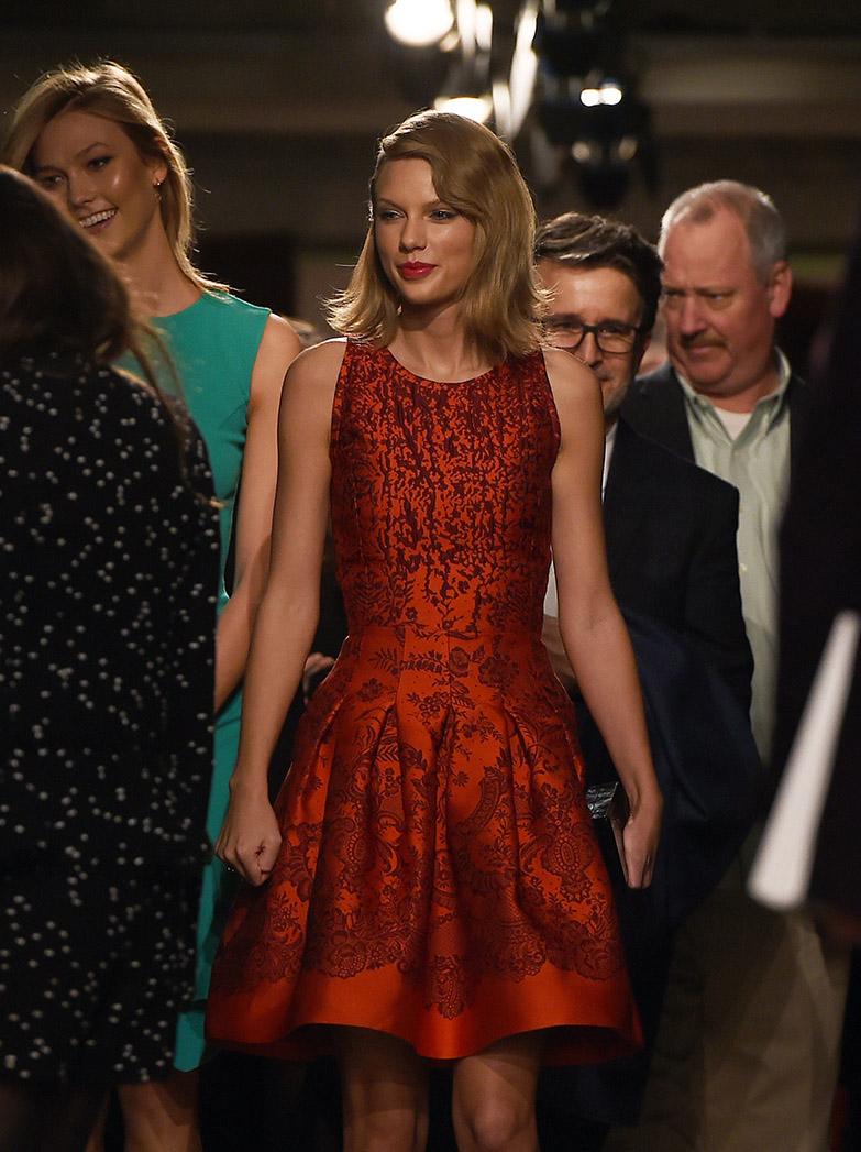 Taylor Swift Oscar de la Renta — P 2015