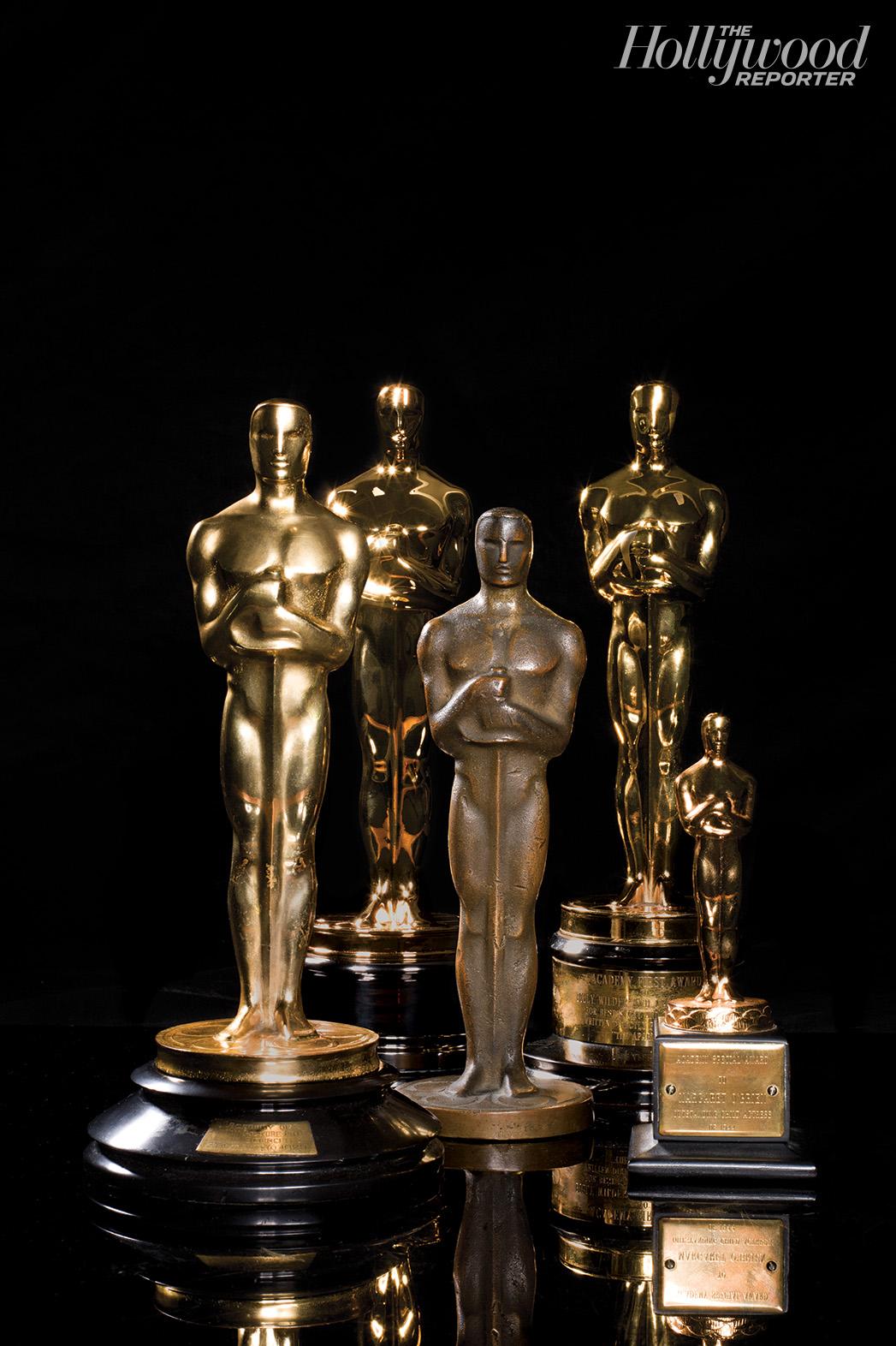 Oscar Statuettes - P 2015