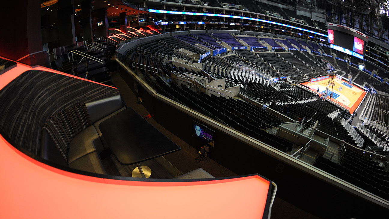 Premium Table from Staples Center - H 2015