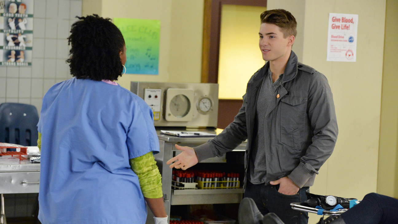 Pretty Little Liars Cody Christian - H 2015