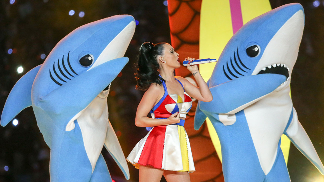 Superbowl Halftime Sharks - H 2015