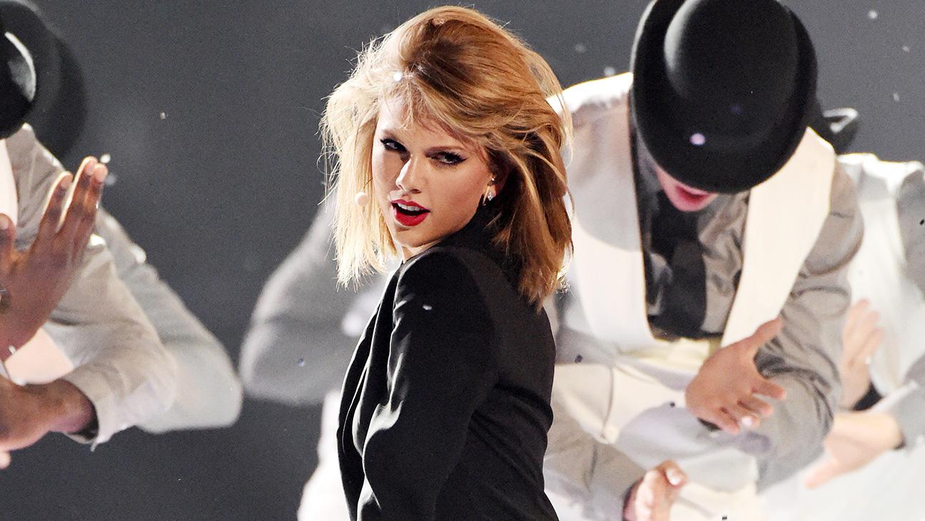 Taylor Swift Performance - H 2015