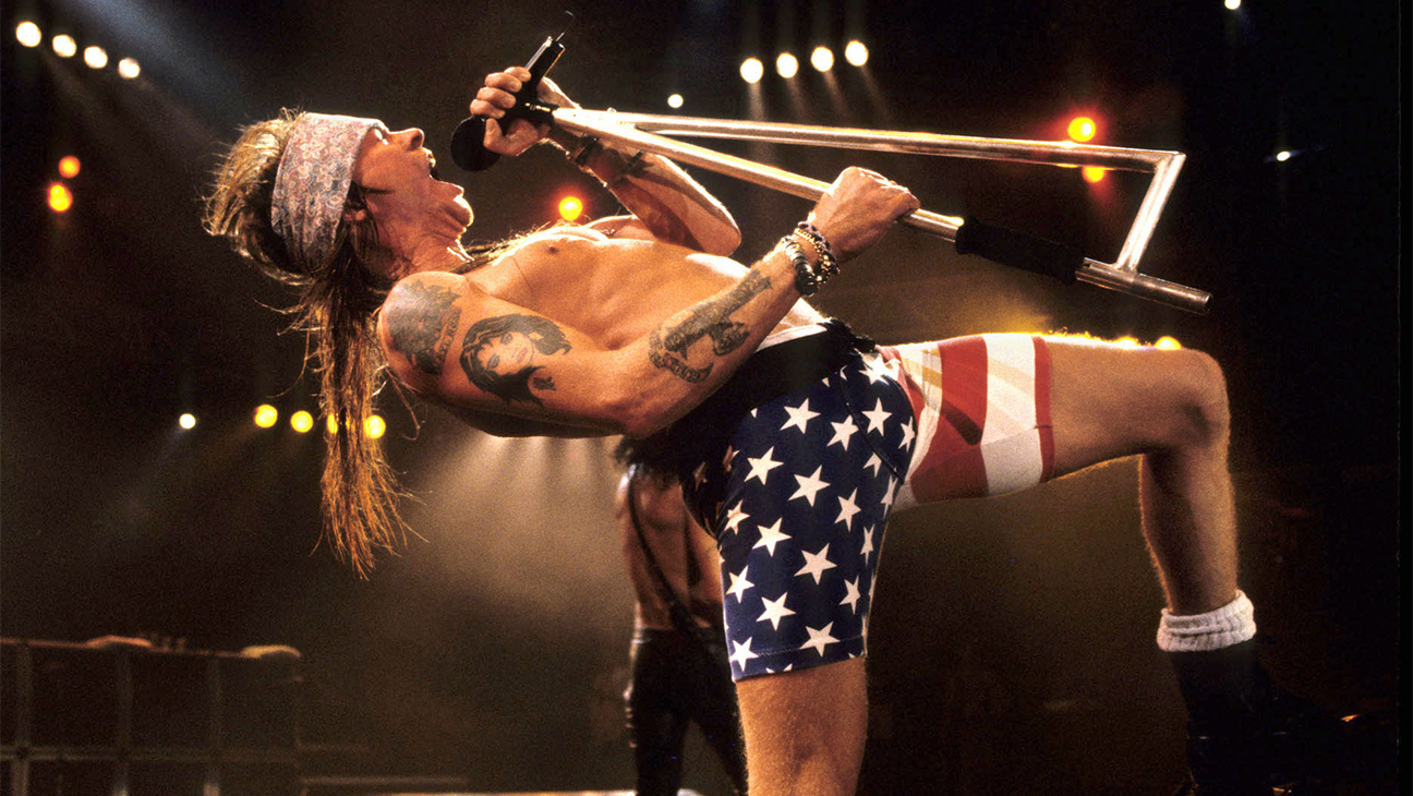 Axl Rose by Kevin Mazur