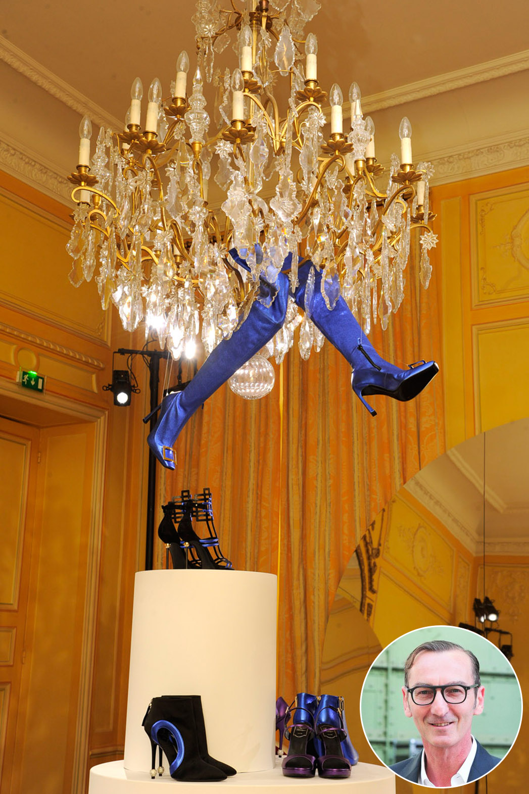 Chandelier Shoes Inset - P 2015