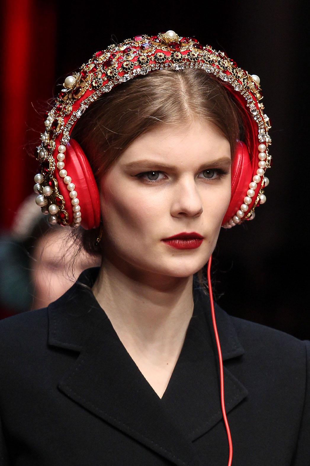 dolce & gabbana headphones - P 2015