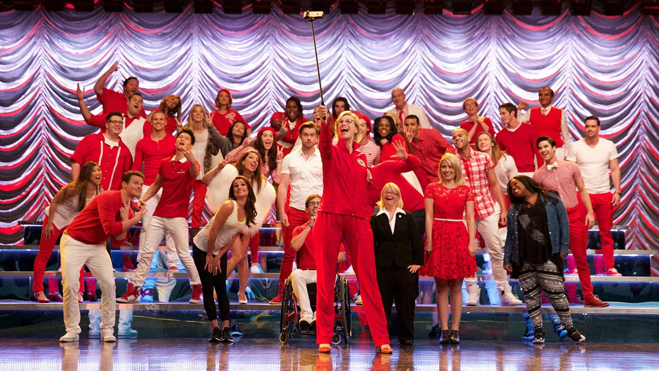 Glee S06E13 Still 3 - H 2015