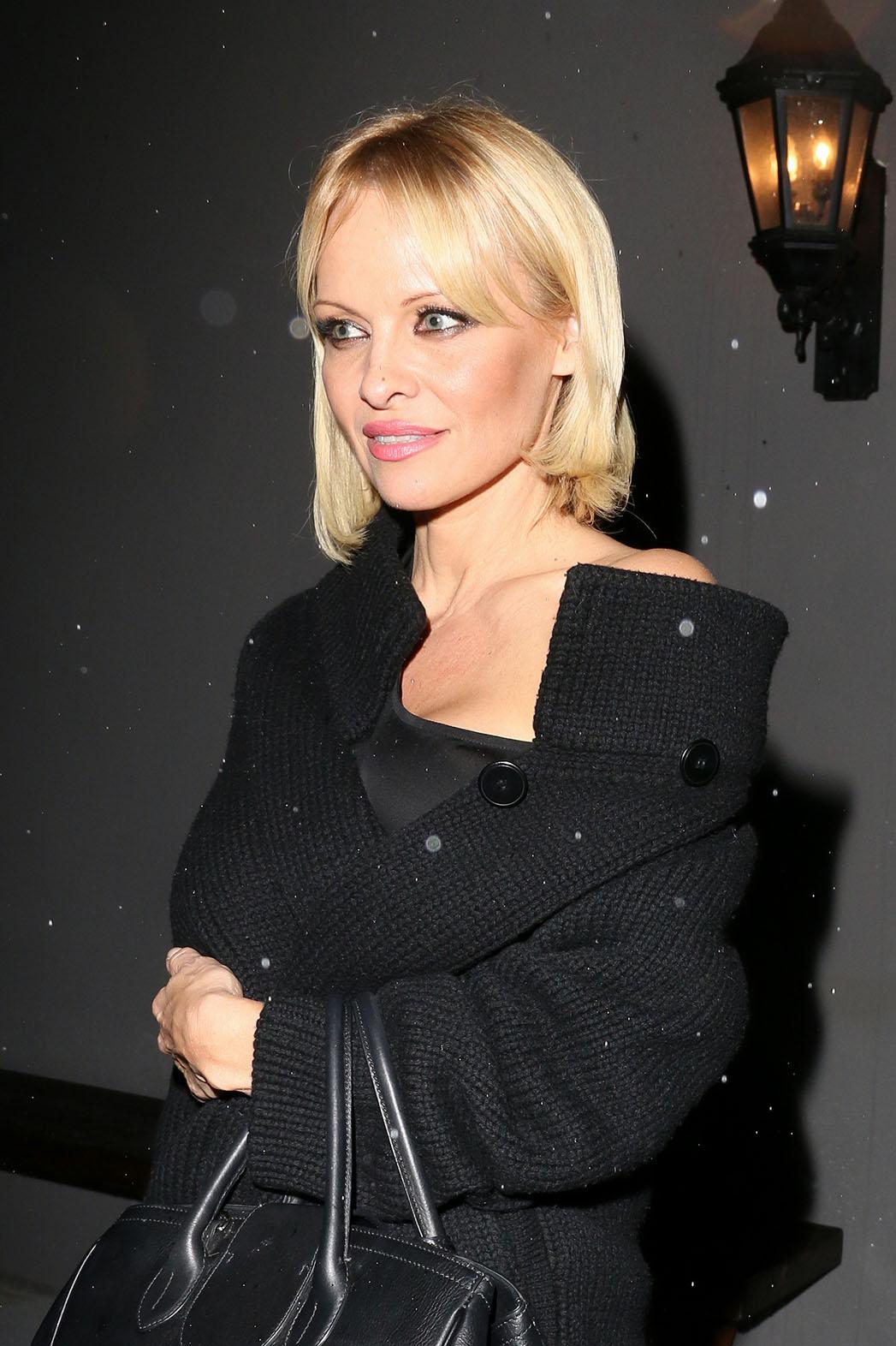 Pamela Anderson new hair - P 2015