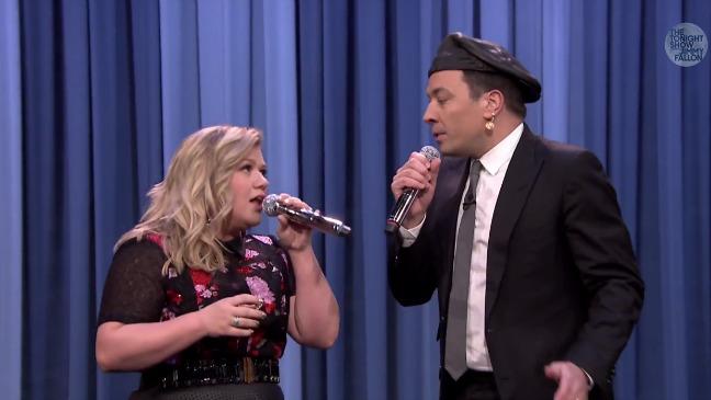 Kelly Clarkson Tonight Show Still - H 2015
