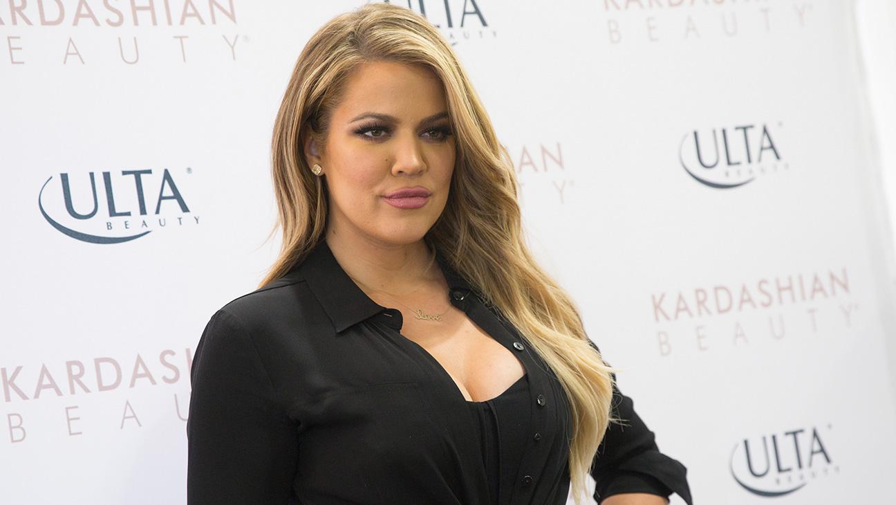 Khloe Kardashian - H 2015