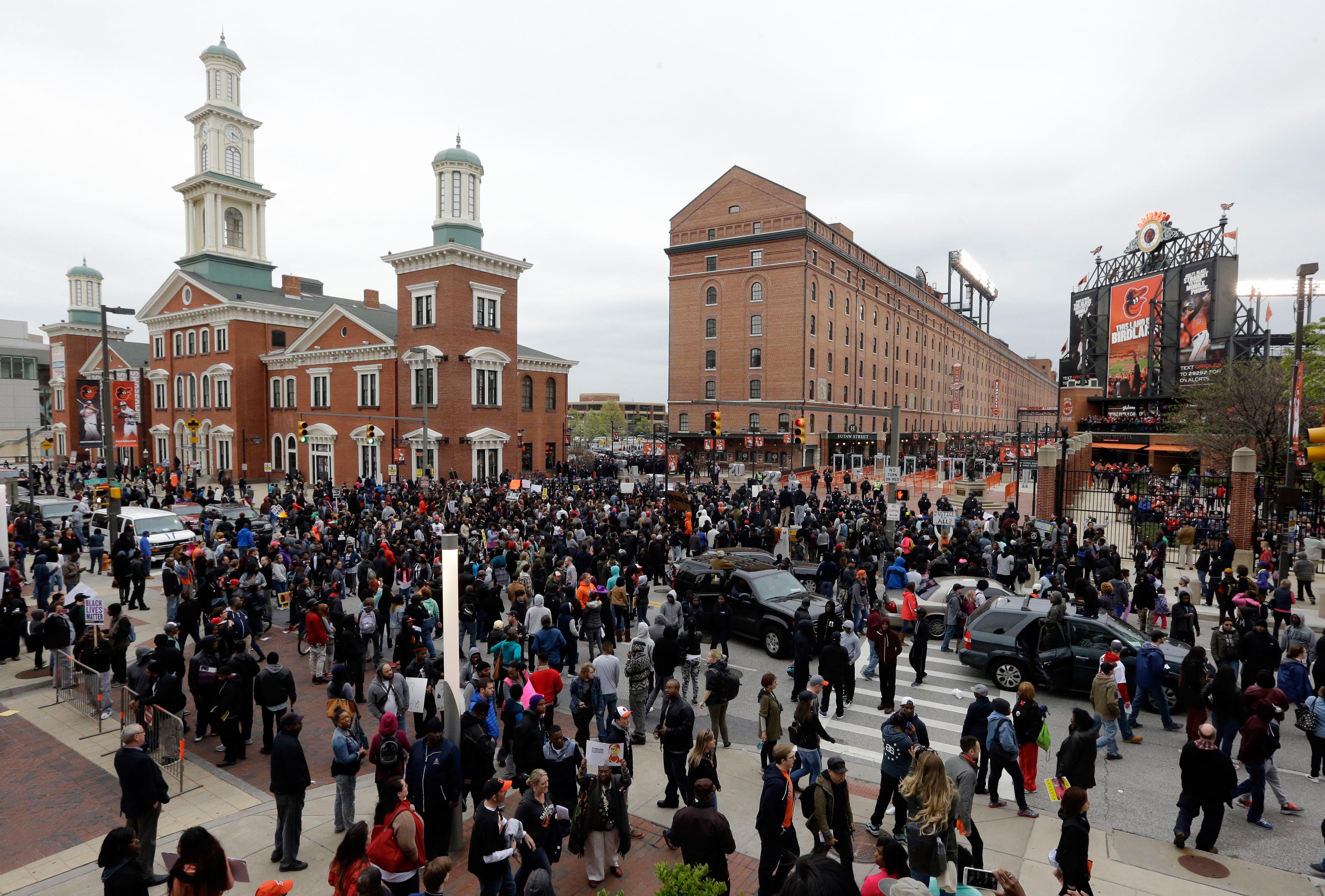 Protestors Baltimore Oriole Park Camden Yards - H 2015