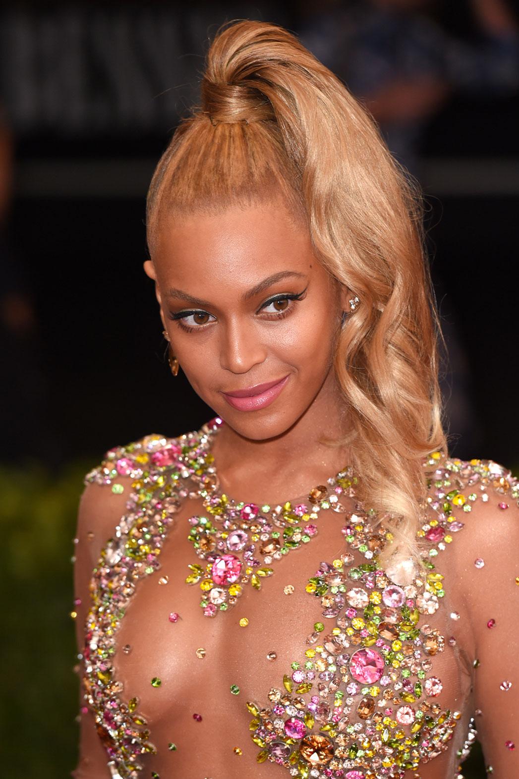 Beyonce Met Gala Makeup - P 2015